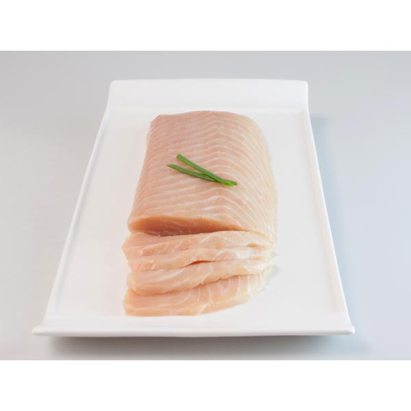 SLICED SMOKED WILD BALTIC SALMON 0,8KG TO 1,050KG VACUUM PACKED